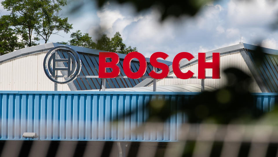 Bosch: Mit Künstlicher Intelligenz Störungen in der Fertigung beseitigen - und Millionen einsparen