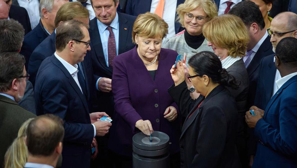 Rekordausgaben: Bundestag beschließt Haushalt für 2020