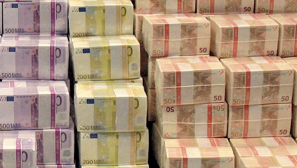 Auslandsvermögen der Deutschen steigt weiter, Target2 sprengt Billionenmarke