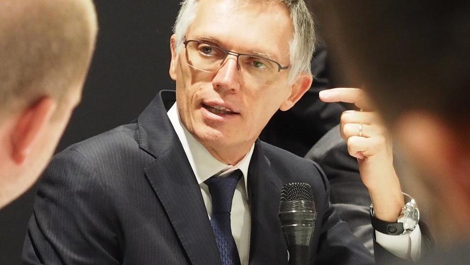 Peugeot will Elektroautos behutsam in den Markt bringen