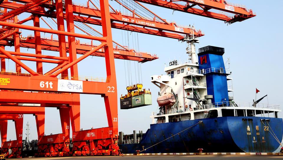 Deutsche Importe aus China steigen auf gefährliche neue Rekordwerte