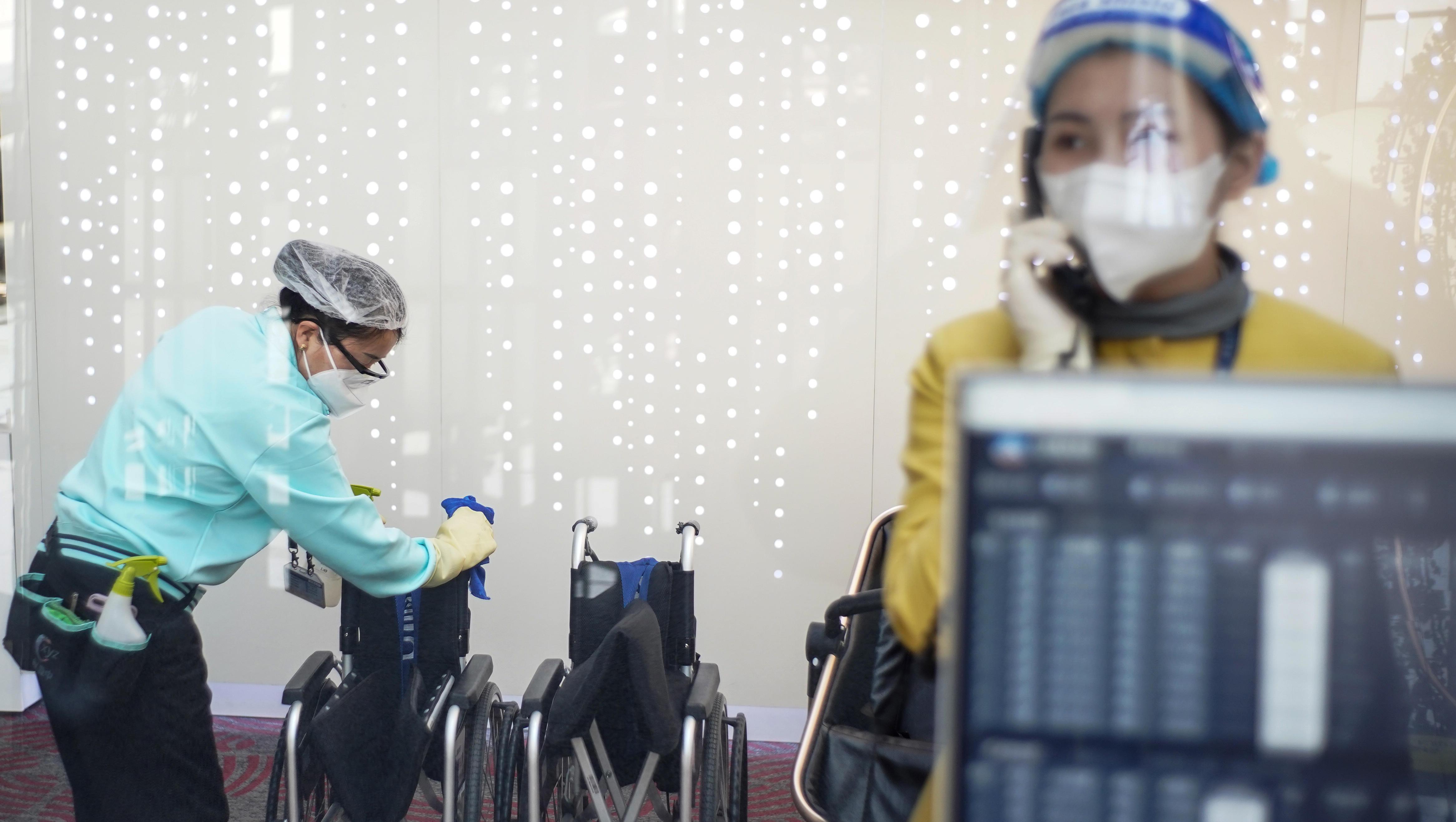 China ordnet für alle Einreisenden anale Abstriche an