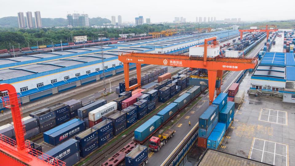 Erstmals seit der Finanzkrise: China startet Maßnahmen gegen den starken Yuan