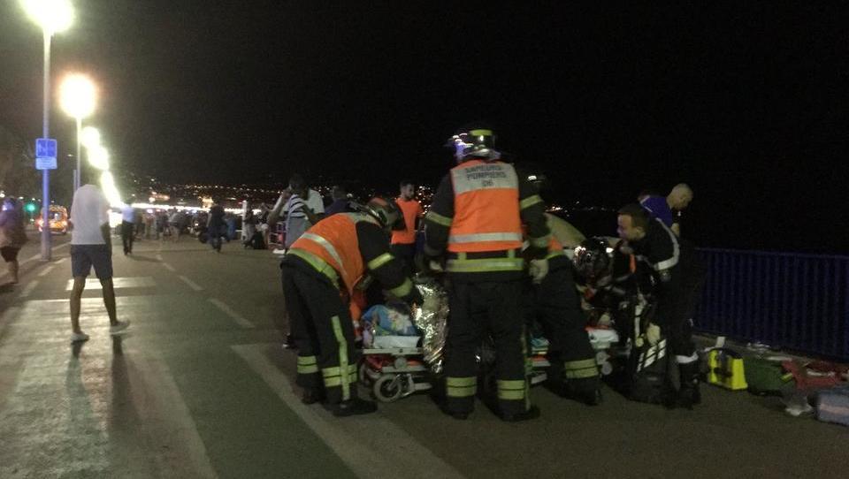 80 Tote: Schwerer Anschlag auf Strandpromenade in Nizza