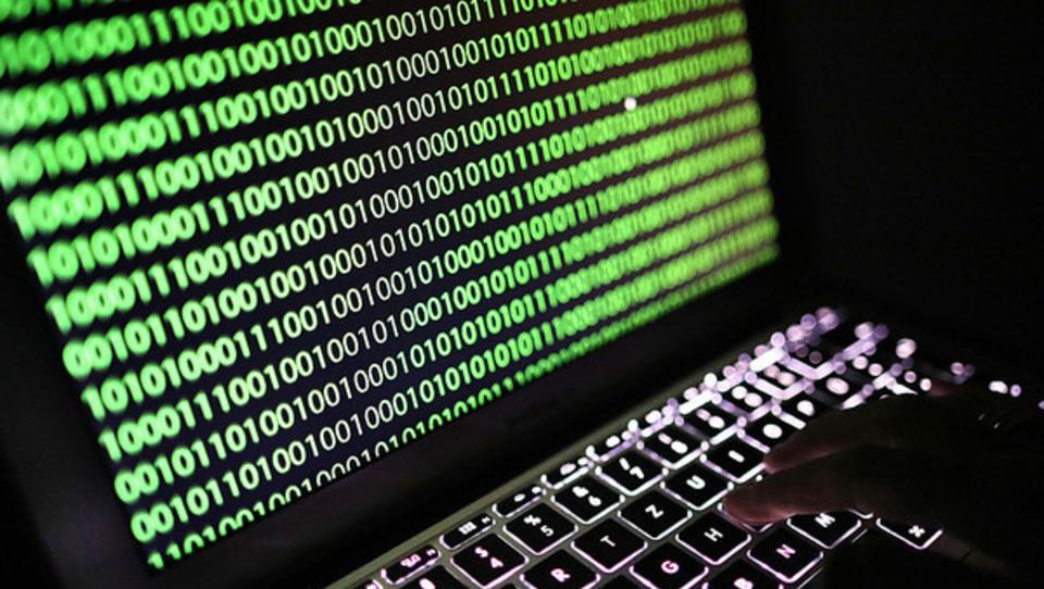 Eigene Mitarbeiter größter Schwachpunkt bei Abwehr von Cyber-Angriffen