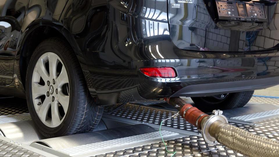 Abgase-Werte: Deutsche Umwelthilfe kritisiert Opel Zafira