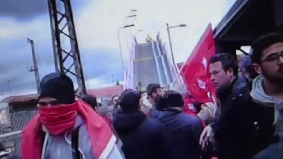 Aschaffenburg: Angreifer attackieren Demo von Türken