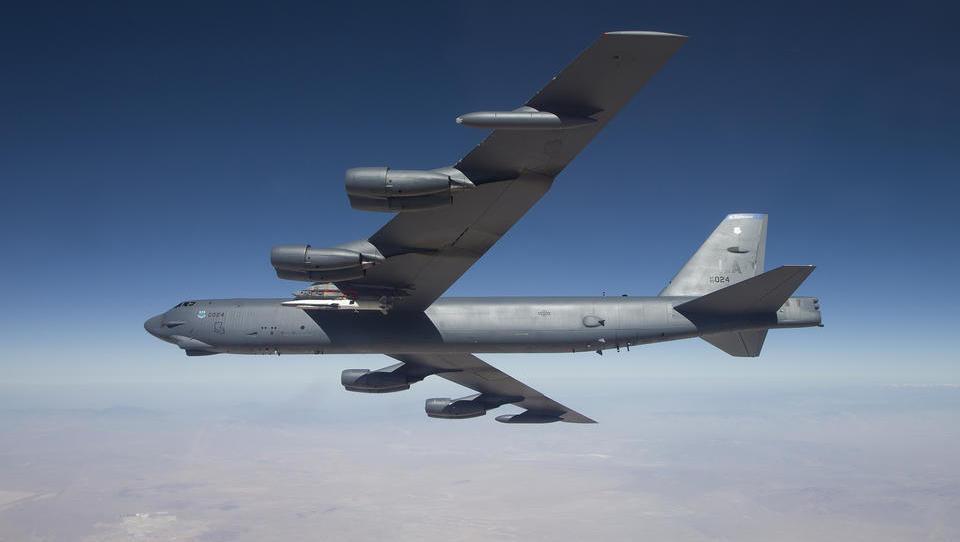 US-Luftwaffe setzt erstmals B-52-Bomber in Syrien ein