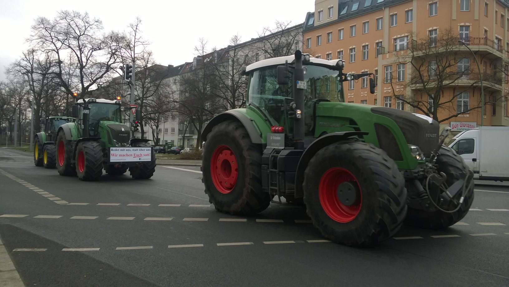 Tausende demonstrieren in Berlin gegen Agrar-Industrie