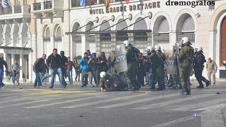 Griechenland setzt Tränengas gegen protestierende Bauern ein
