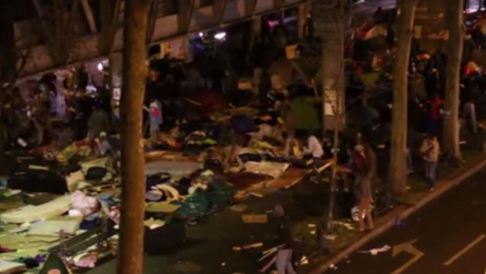 Straßenschlacht in Paris: Rechtsextreme gegen Migranten
