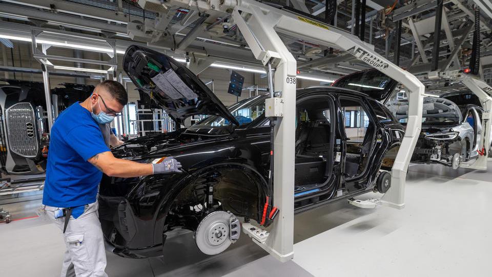 Aufträge der deutschen Industrie brechen überraschend ein