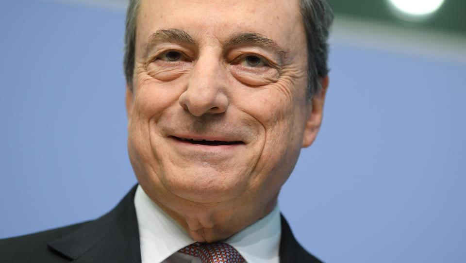 Draghis Erbe: Deutschen Sparern gehen Milliarden Euro verloren
