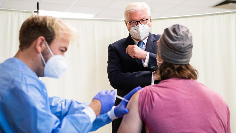 Virologe Drosten fordert von Politik, höhere Impfquote durchzusetzen