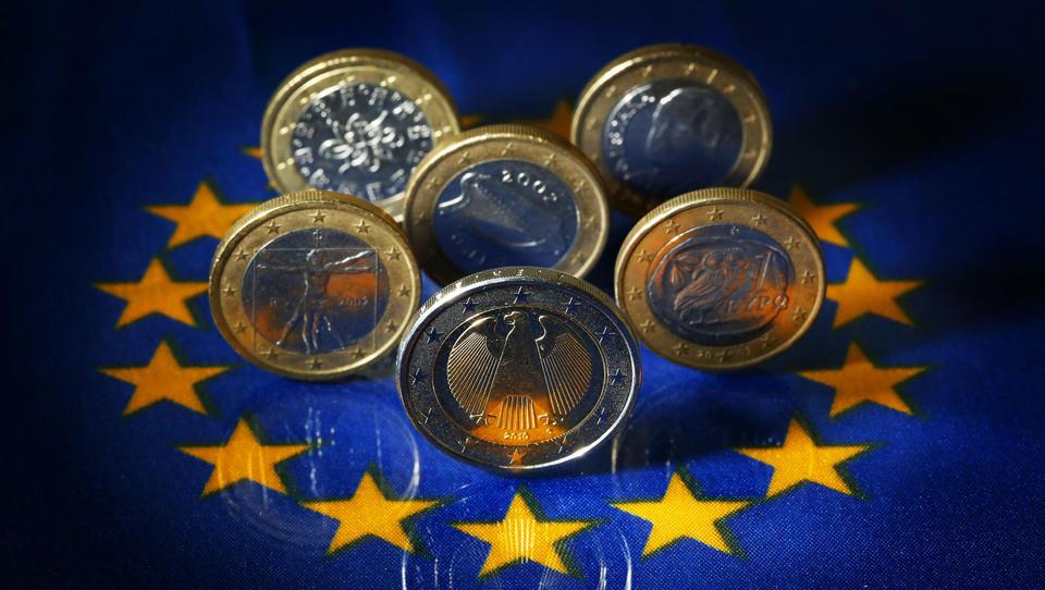 Anleger reißen sich um neue EU-Anleihen