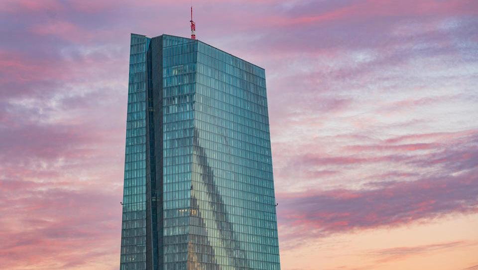 Bundesbank: Immer mehr Kreditinstitute verlangen Negativzinsen