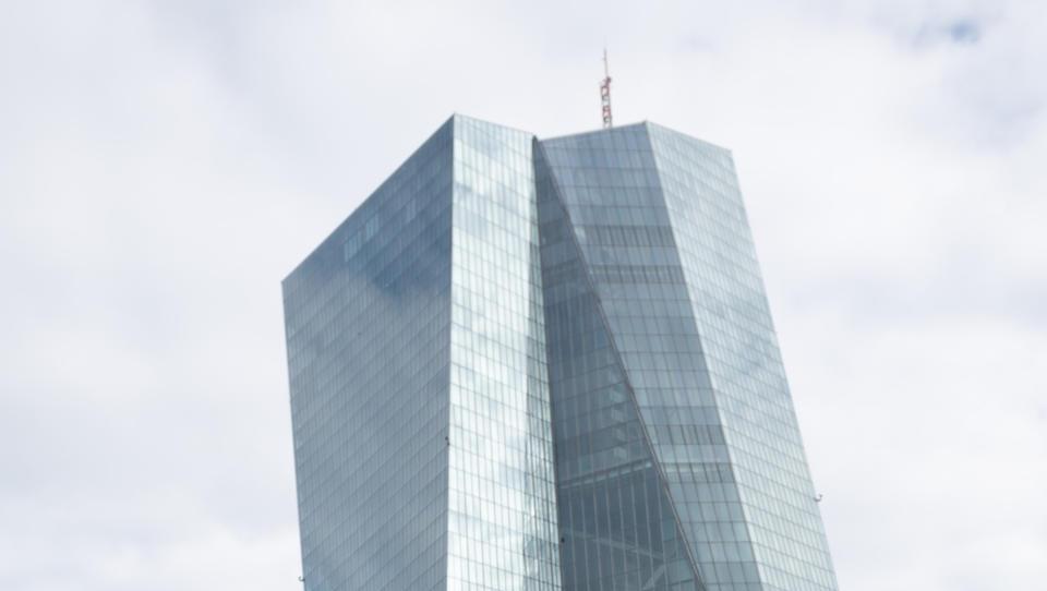 EZB-Protokoll deutet mögliche Straffung der Geldpolitik an