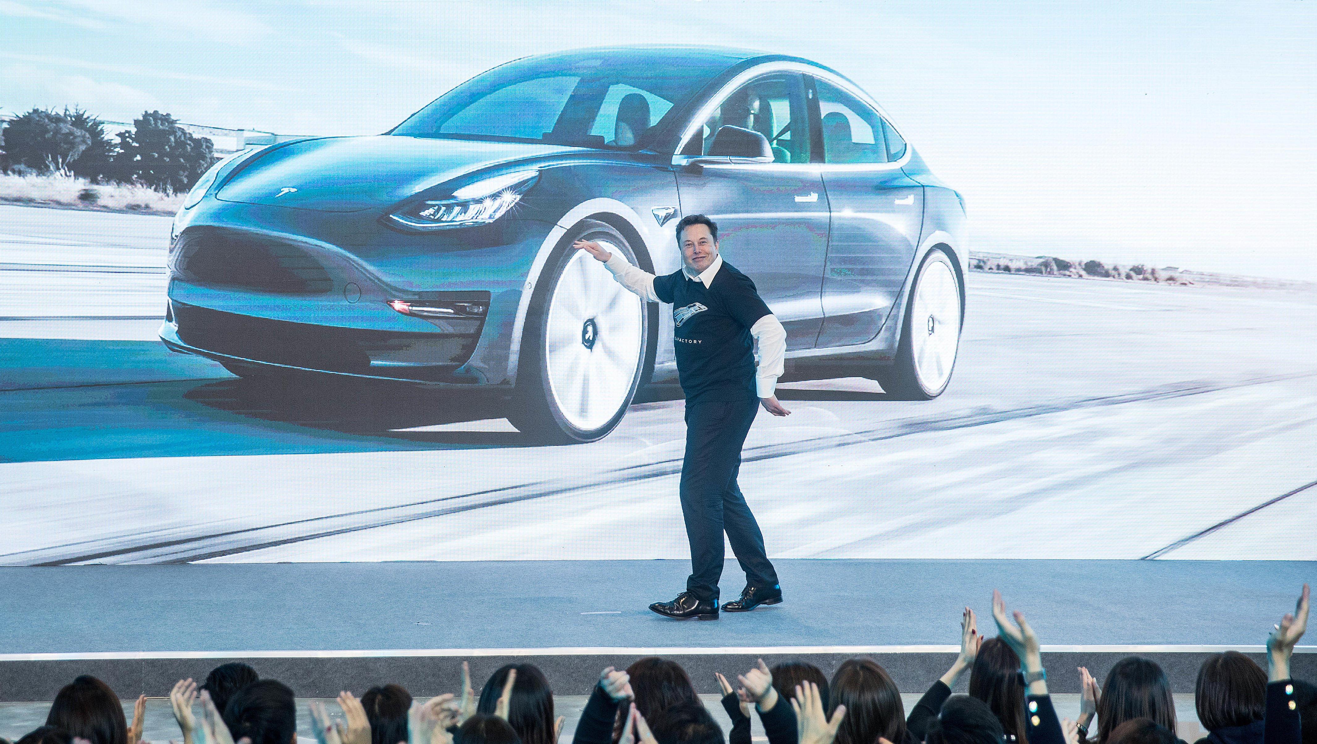 Tesla: Je höher die Verluste, desto mehr steigt die Aktie