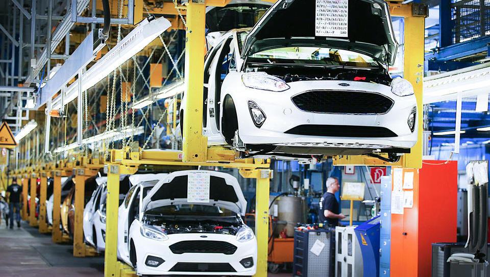 Autobranche macht Druck auf Bundesregierung: Ohne Kaufprämie drohen Entlassungen