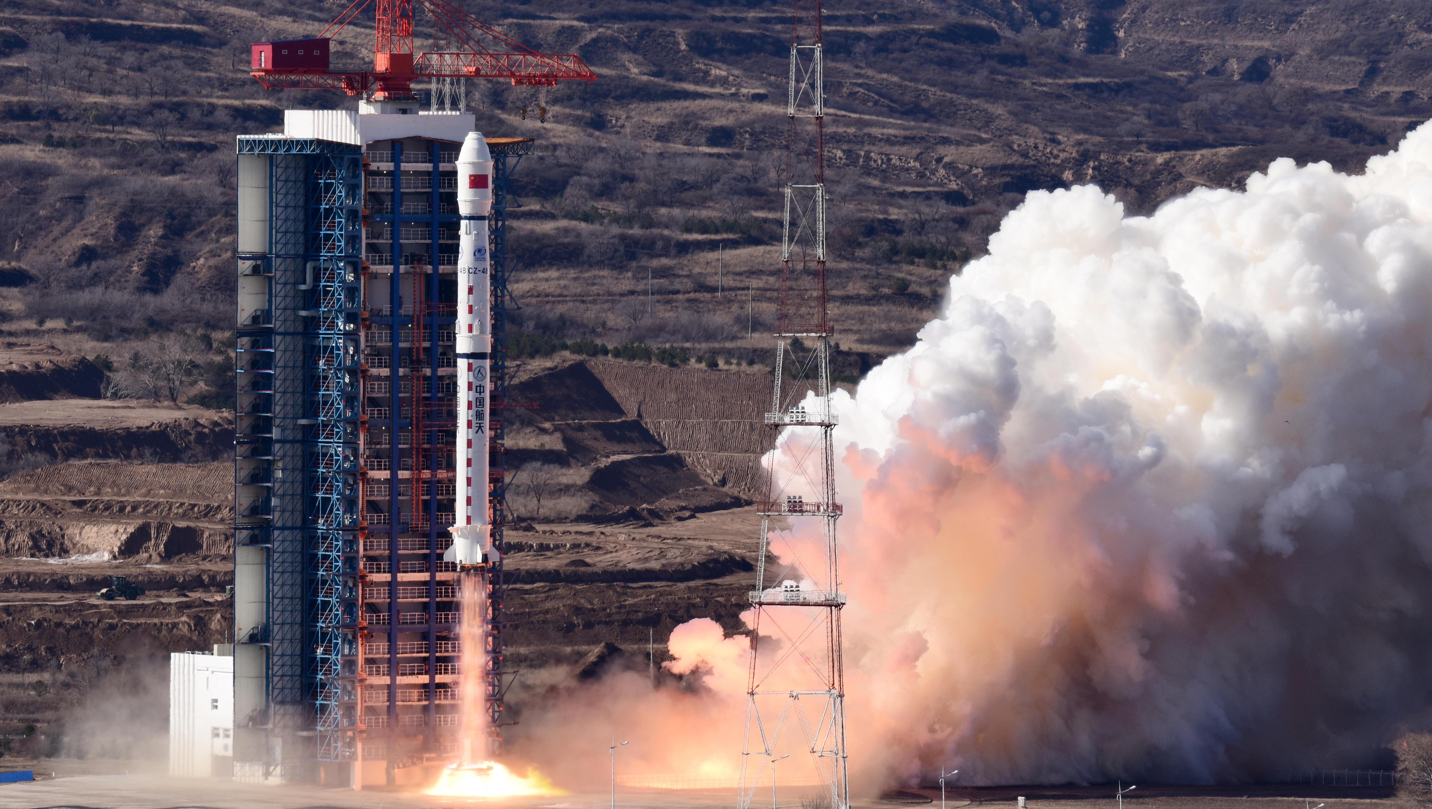 China bringt hochmodernen Satelliten zur Erdvermessung ins All