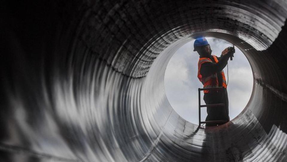 Zwist um geplante Schließung von Europas größtem Gasfeld
