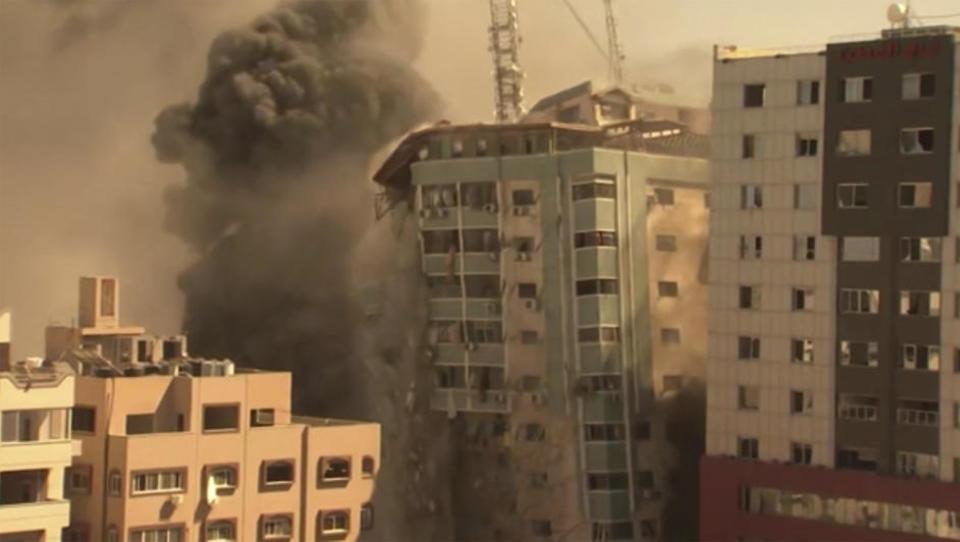 Palästinenser nehmen Tel Aviv unter Beschuss, Israel zerstört Medien-Hochhaus in Gaza
