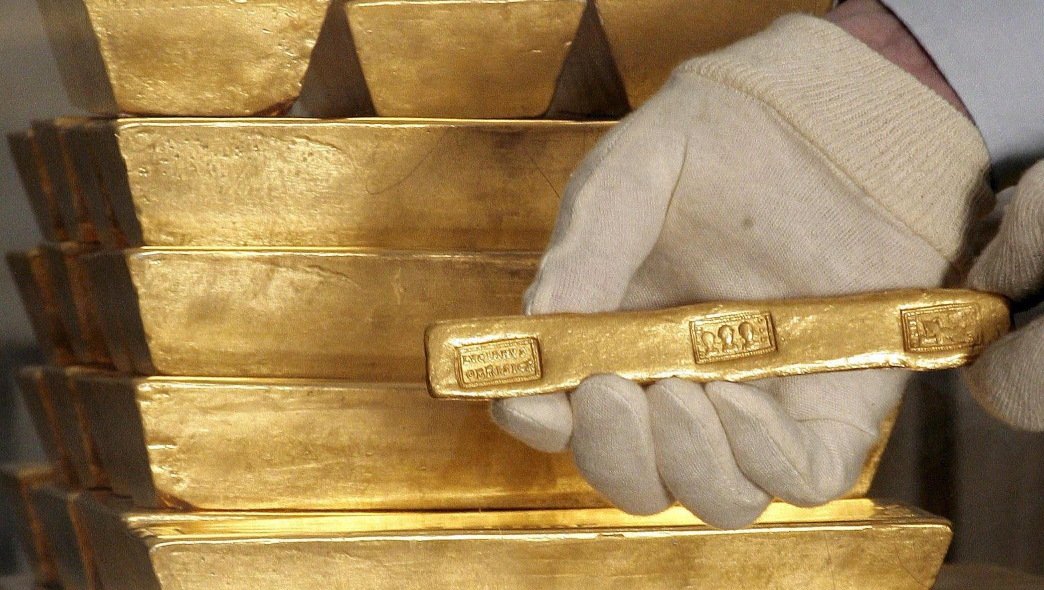 Hedgefonds setzen auf Gold, fürchten Geldentwertung wichtiger Währungen