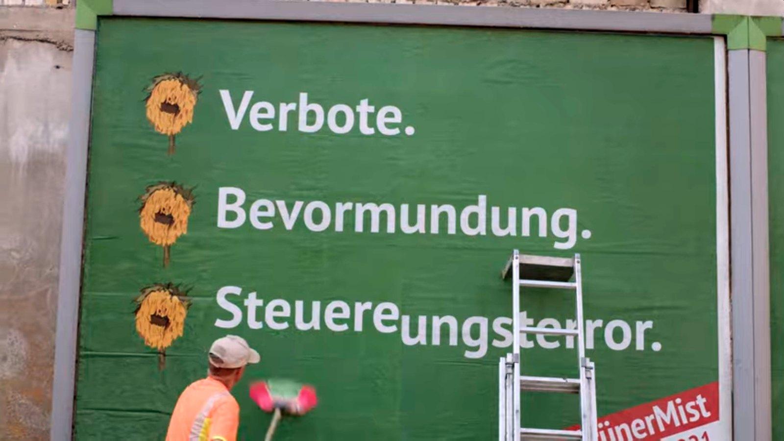 Grüne wehren sich gegen Anti-Grünen-Plakate