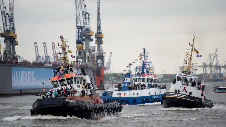 ABB hält Zeitplan für prestigeträchtigen unbemannten Hafenschlepper nicht ein