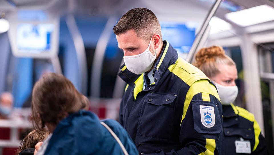 Hamburg erweitert Maskenpflicht auf große Teile des Stadtgebiets