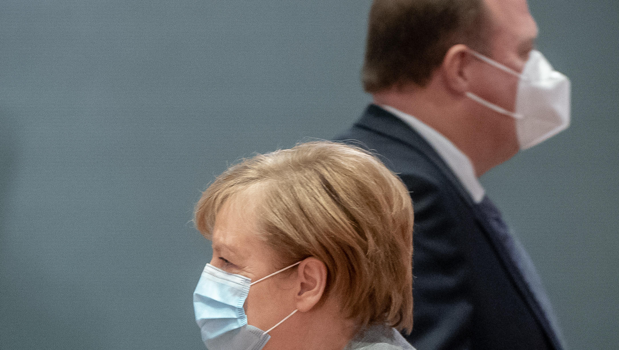 Kanzleramt droht abweichenden Ländern mit deutlich längerem Lockdown