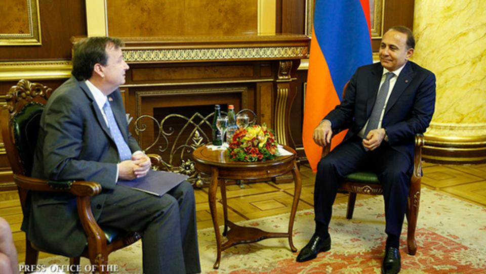 USA wollen Hilfs-Programme in Armenien umsetzen