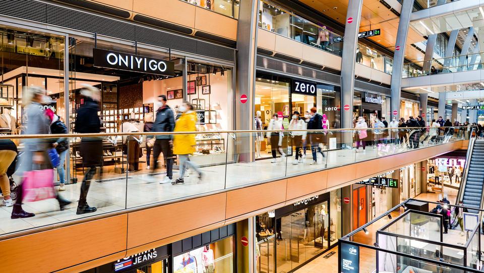 Ifo-Index: Stimmung der Firmen in Deutschland hellt sich merklich auf