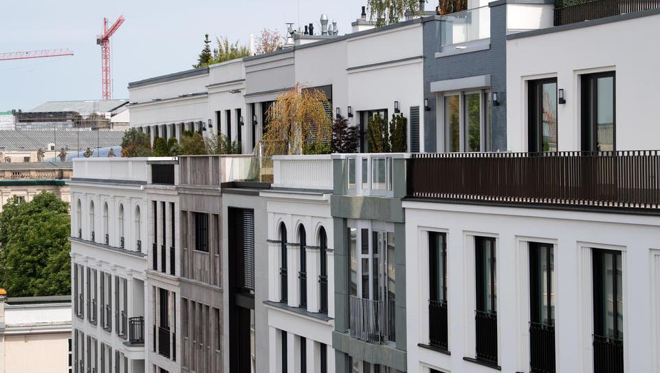 Preise für Wohnimmobilien steigen trotz Corona-Rezession spürbar