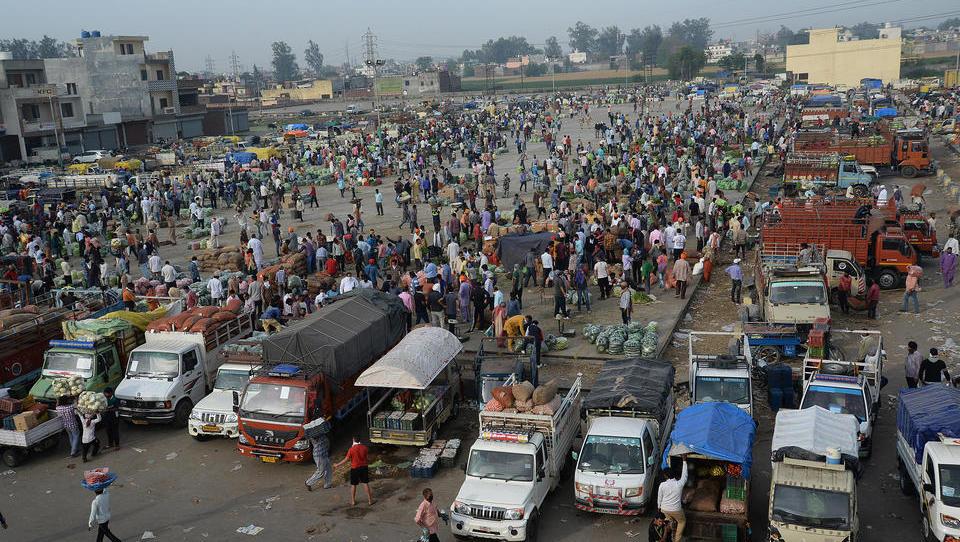 Indien bringt die gesamte globale Diamenten-Industrie zum Stillstand