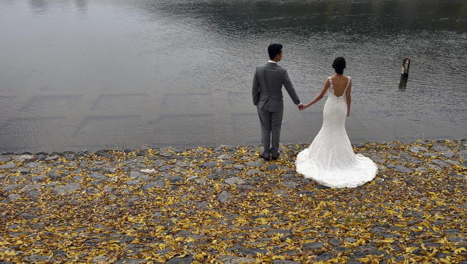Japan: Staatliche Heiratsvermittler verkuppeln Städter mit Dörflern