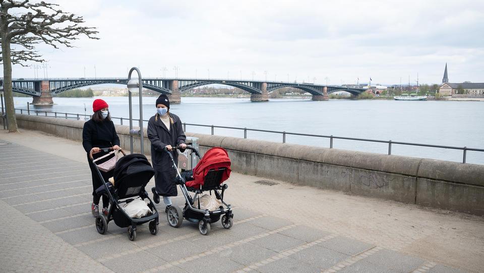 Babybranche hat 2020 deutlich weniger Kinderwagen und Autositze verkauft