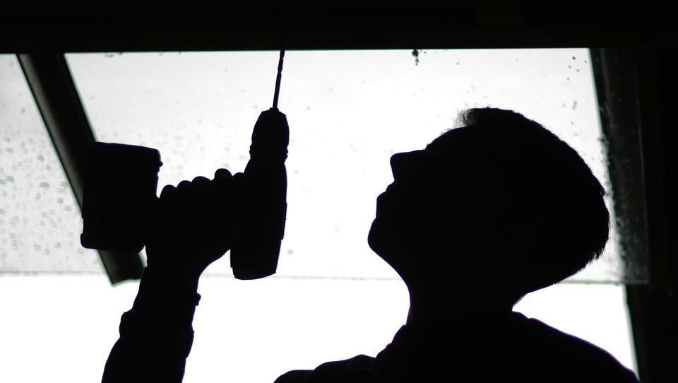 Jugendliche bleiben auf der Strecke: Zahl der Lehrstellen wegen Corona eingebrochen