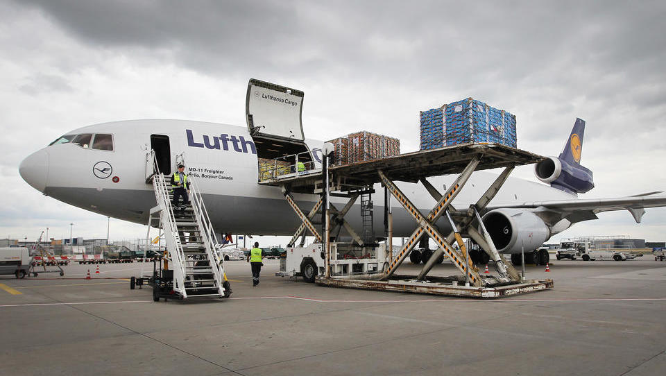 Umsätze in der Luftfracht-Branche gehen weltweit zurück