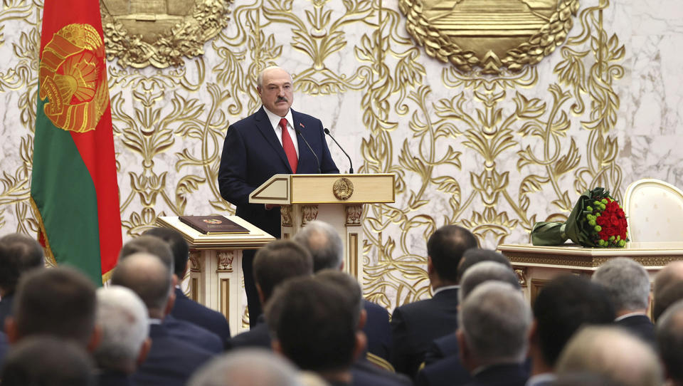 Lukaschenko überraschend schnell für sechste Amtszeit vereidigt