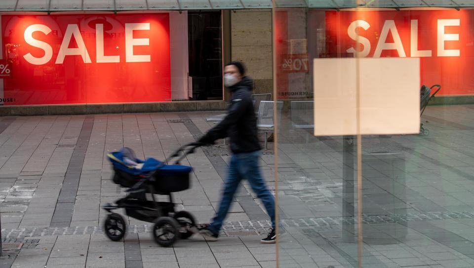 Konsumstimmung bricht ein, Bürger meiden größere Anschaffungen