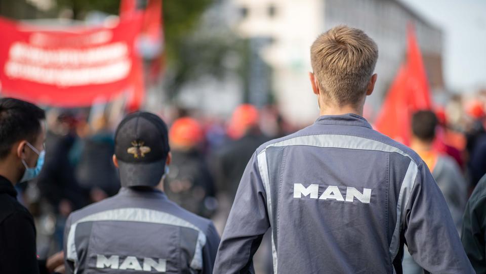 Lastwagenbauer MAN baut in Deutschland 3500 Stellen ab