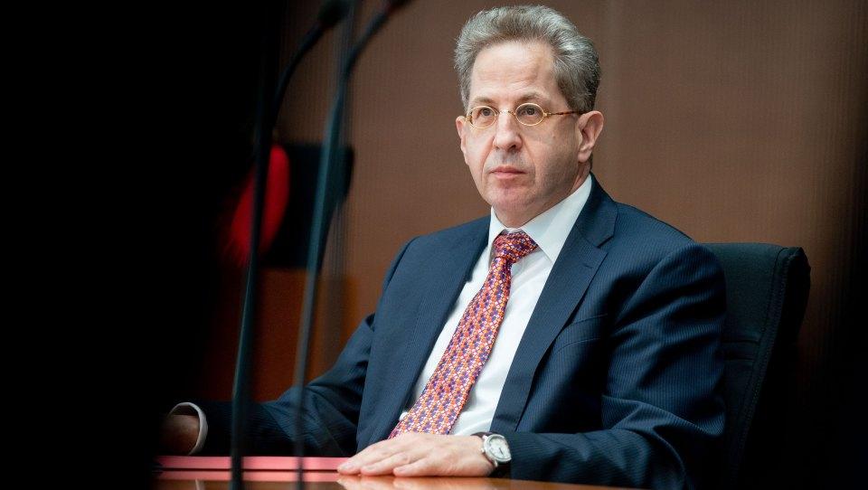 Merkels Ostbeauftragter nennt Maaßen-Kandidatur für Bundestag «Irrsinn»