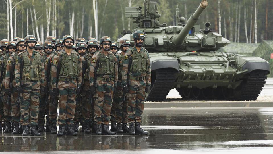 200.000 Soldaten bei Manöver von Russland und Belarus