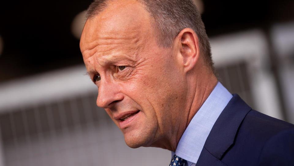 Friedrich Merz fordert Baustopp für Gaspipeline Nord Stream 2