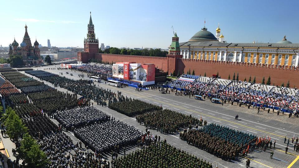 Größte Parade der russischen Geschichte: Putin lässt Sieg über Deutschland feiern