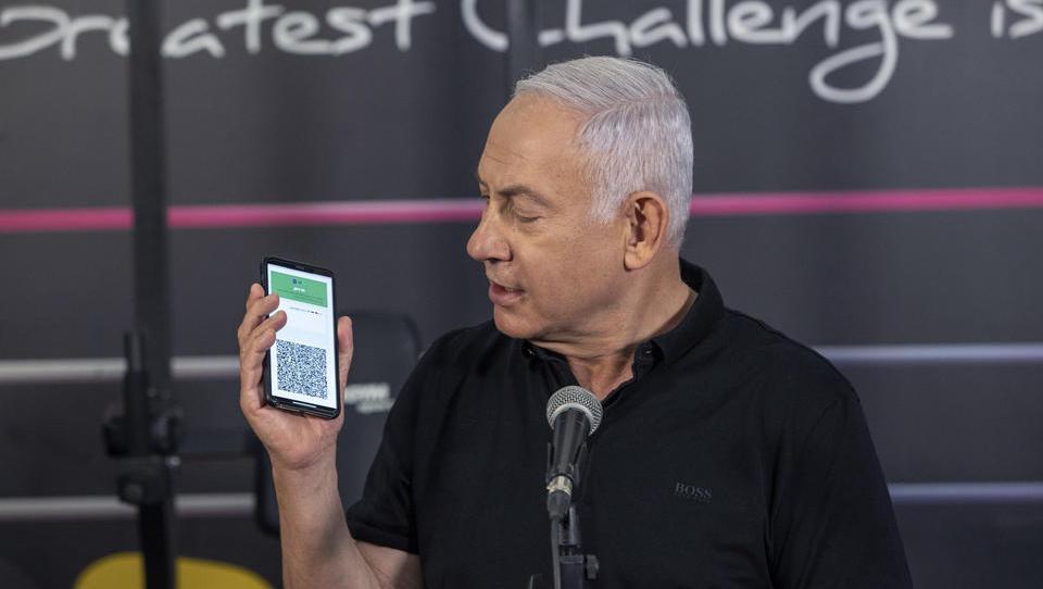 Geimpfte Israelis erhalten «Grünen Pass» und können wieder am Leben teilnehmen
