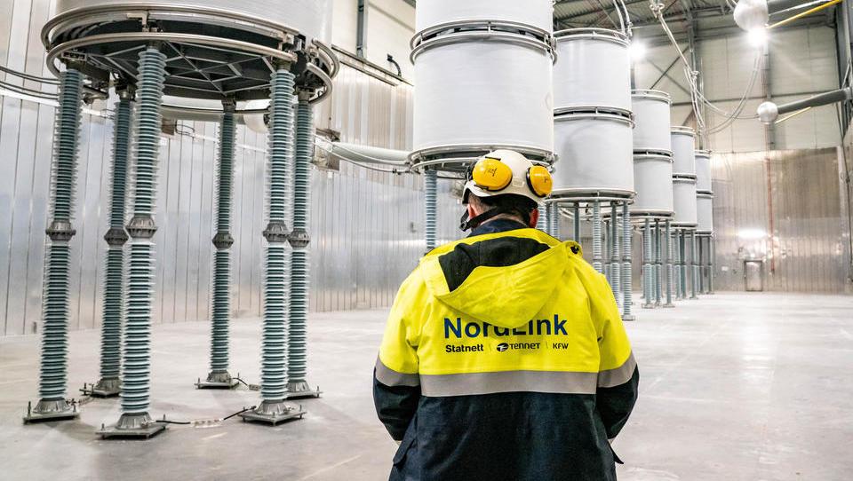 Norwegen und Deutschland jetzt mit dickem Stromkabel verbunden