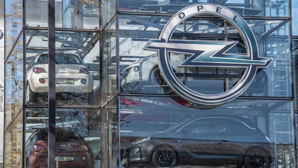 Auch Aktionäre von Fiat Chrysler stimmen Fusion mit PSA zu