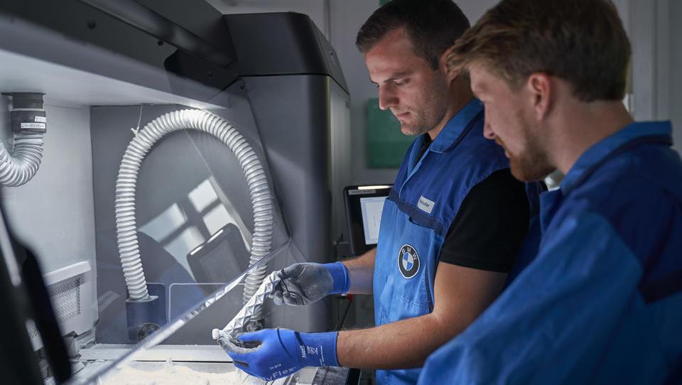 BMW fertigt Serienteile im 3D-Druck